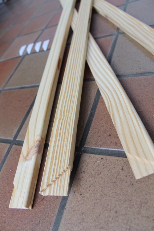 Mitred strips of wood