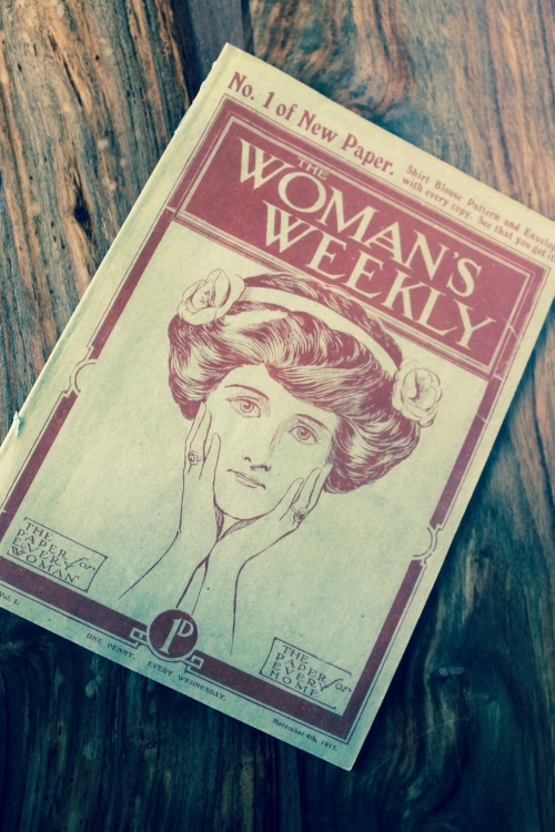 1911 edition of Woman's Weekly